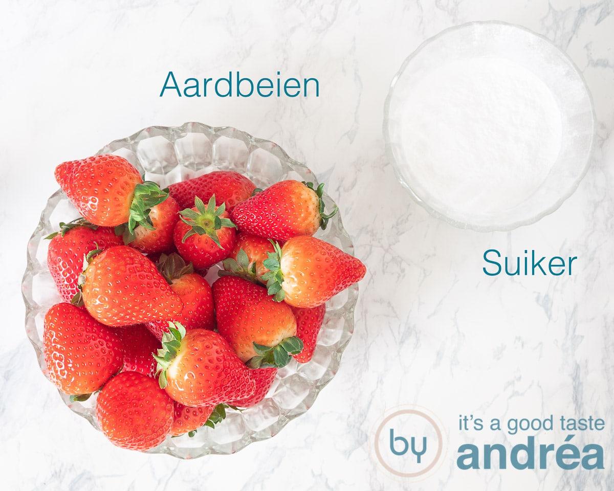 Ingredienten aardbeiensaus een heerlijke dessertsaus