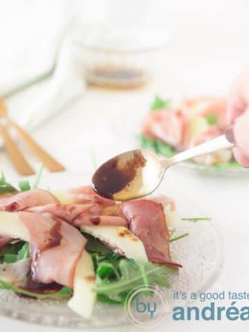 Italiaanse salade met meloen, pancetta en rucola