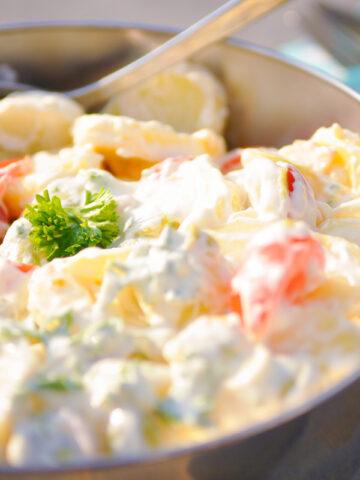 kom met Slanke aardappelsalade