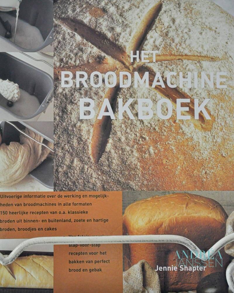 voorkant boek broodmachine bakboek