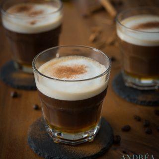 3 glaasjes met Cafe au lait de luxe