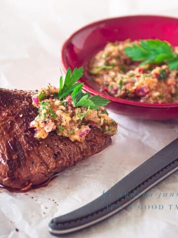 Argentijnse biefstuk chimichurry