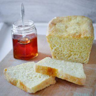 maisbrood met jam