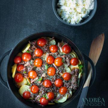 Griekse aardappelschotel met gehakt