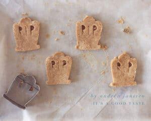 Leg de koekjes op de bakplaat