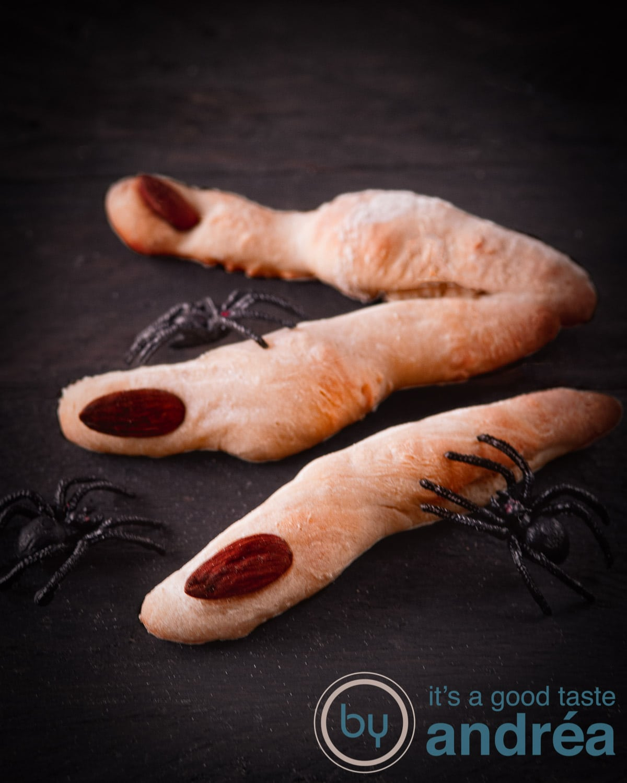 Enge broodvingers Halloween