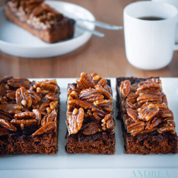 BROWNIE MAPLE PECAN CAKE-18-bewerkt