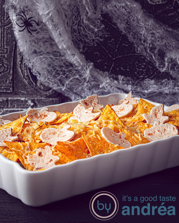 Mexicaanse kip nacho ovenschotel Halloween style