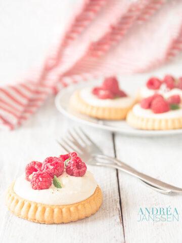 Frambozen taartje met mascarpone- raspberry tartlet with mascarpone