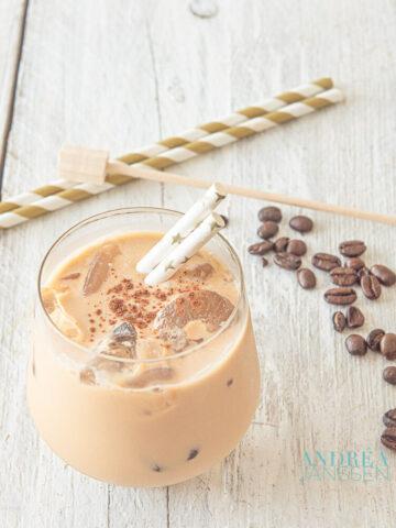 IJskoffie, fris, lekker en romig - Ice coffee, refreshing, delicious and creamy
