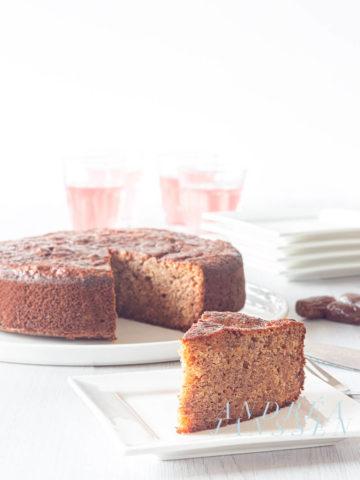 Sticky toffee cake