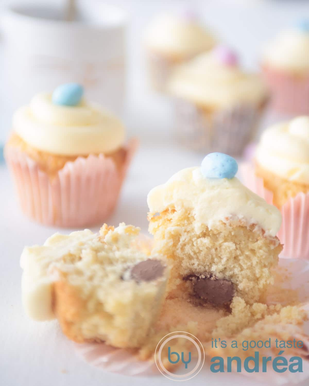 Easter cupcakes filled with chocolate