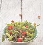 Aardbeien rucola en pistache salade